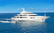 PARTY GIRL Yacht Review
