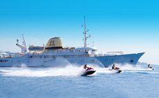 CHRISTINA O Yacht Review